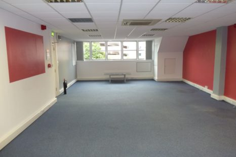 open plan city centre offices (2)
